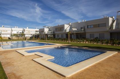 2/3 Bed 2 Bath New Build Apartments with Garden or Solarium in Entre Naranjos Entre Naranjos