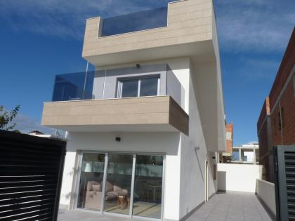 3 Bed 3 Bath Detached Villas in Torre de la Horadada 600 Meters from the Sea Torre De La Horadada