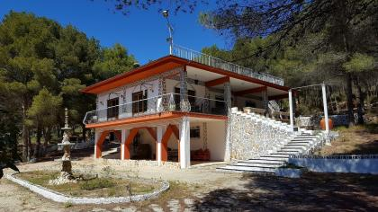 4 Bed 2 Bath Detached Villa in Xorret Del Cati Castalla Castalla