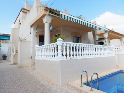 3 Bed 2 Bath Detached Villa with Private Pool in San Miguel de Salinas Nr VillaMartin Blue Lagoon